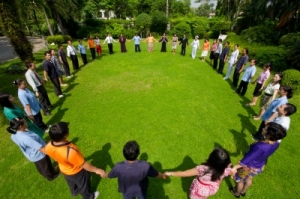 friendsformingacircle